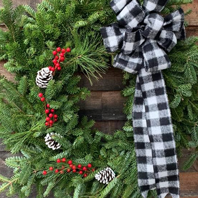 Christmas wreaths for Amherst NH